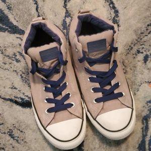 Hi-Top Converse All Star Sneakers
